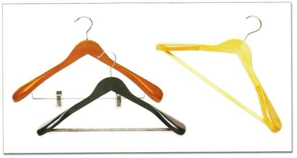 INTRODUCTION: Hanger Solution is complete retail store display & accessories solution. Hanger Solution is India s Largest and only wooden hanger manufacturer & supplier from India.