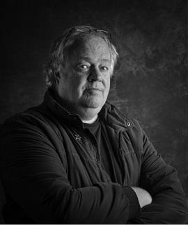 About the Author Journalist and author Jacques Pauw was a founder member of the anti-apartheid Afrikaans newspaper Vrye Weekblad in the late 1980s, where he exposed the Vlakplaas police death squads.