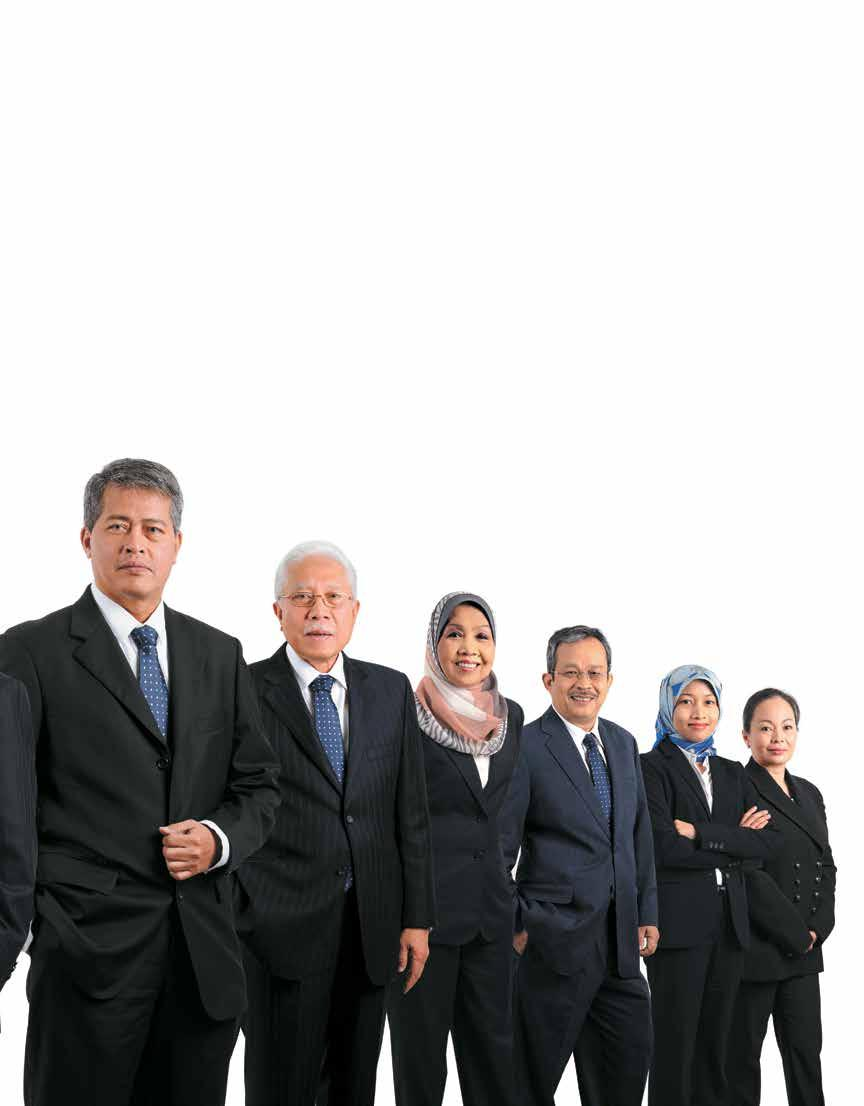 ANNUAL REPORT 2013 From left: Datuk Seri Ir.